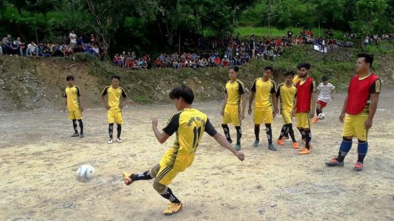 जिल्ला स्तरीय फुटबलमा ठूलोगाउँ 'ए' समूह विजयी